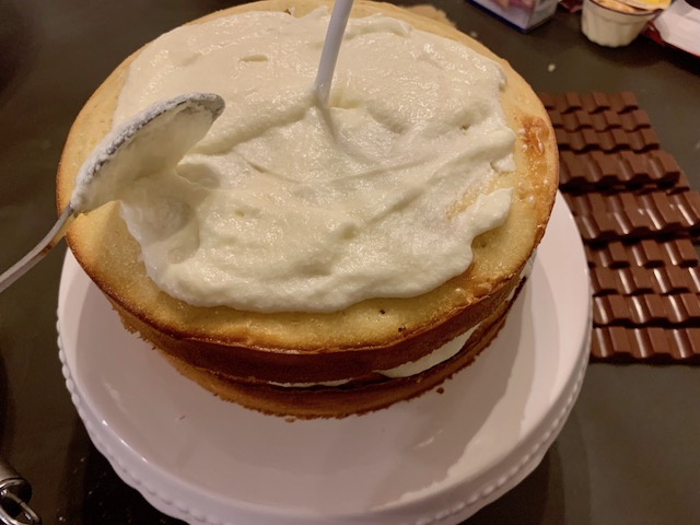 Gravity Cake Buttercreme
